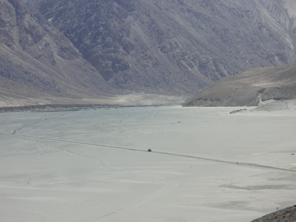 Ladakh > A Dream Come True > Important Contacts, Research & Information (3/6)